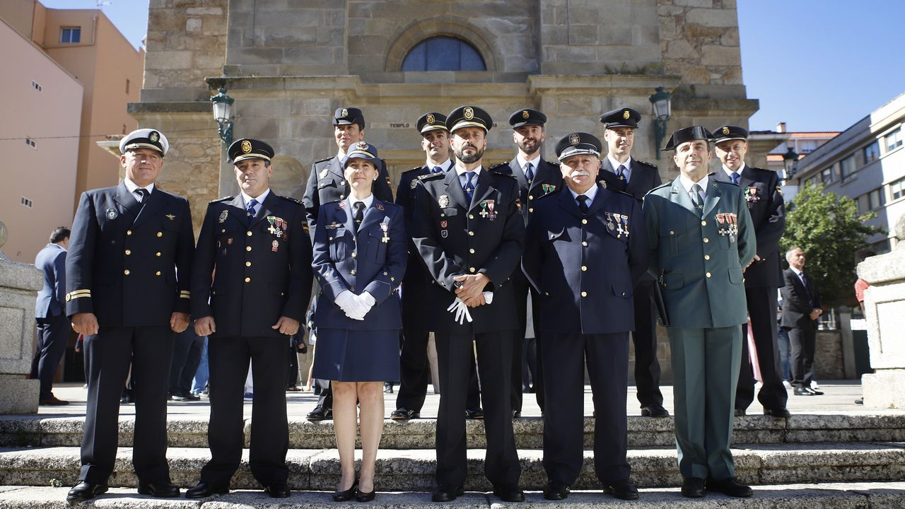 La Policía Nacional de Ribeira celebraLos Ángeles Custodios.Feijoo alertó contra la división del voto de centroderecha en un acto celebrado en Ribeira el domingo