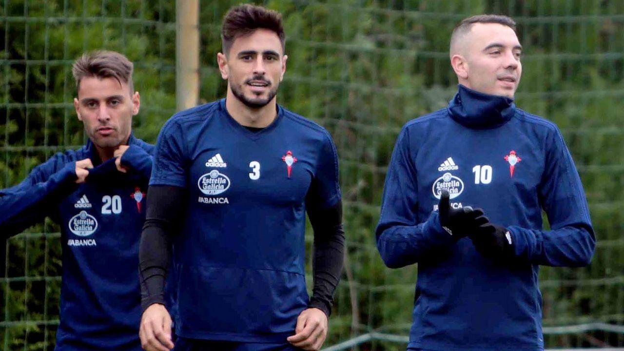 «Estaba esperando que llegara este día».Carlos Hernández y Christian Fernández se lamentan ante el Lugo
