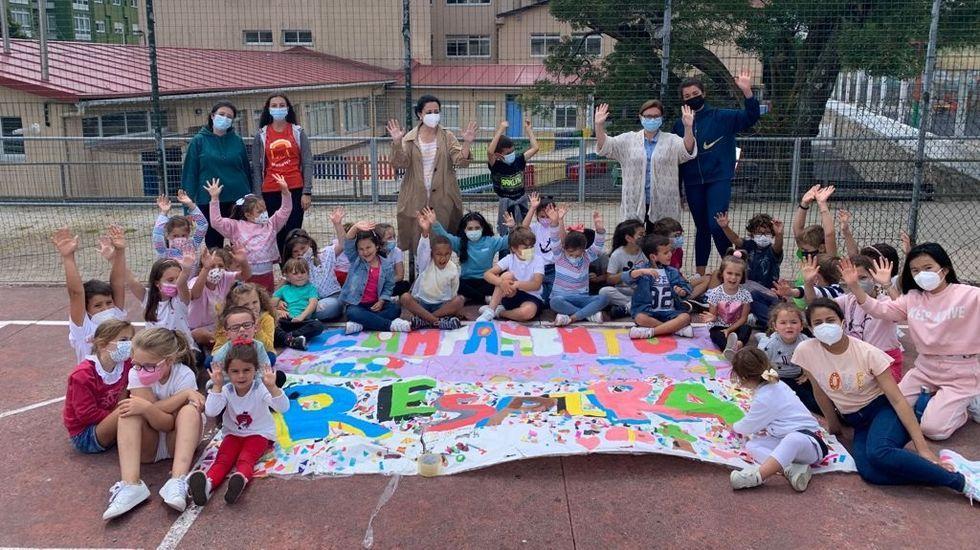El colegio Divina Pastora de Ourense se convierte en un campamento histórico.Programa Respira en Cee