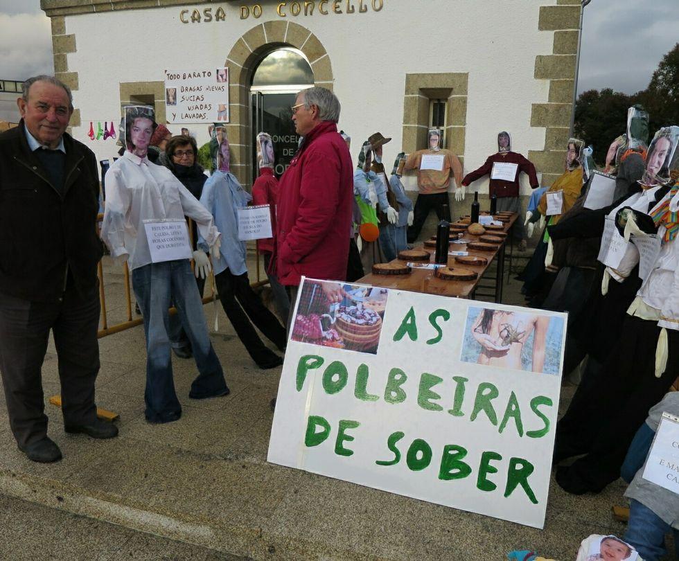 Desfile de carnaval de Vilagarcía.En Sober, las comadres también representaron una feria típica