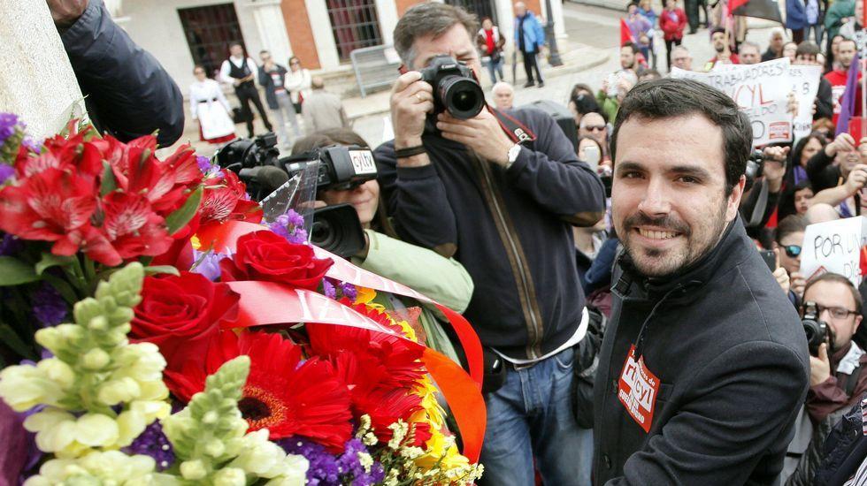 «Para ser líderes, hay que ser generosos».Alberto Garzón, en la celebración del Día del Trabajo