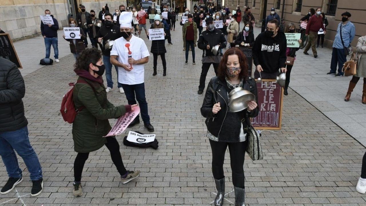 Cacerolada de Hostelería Con Conciencia en Gijón