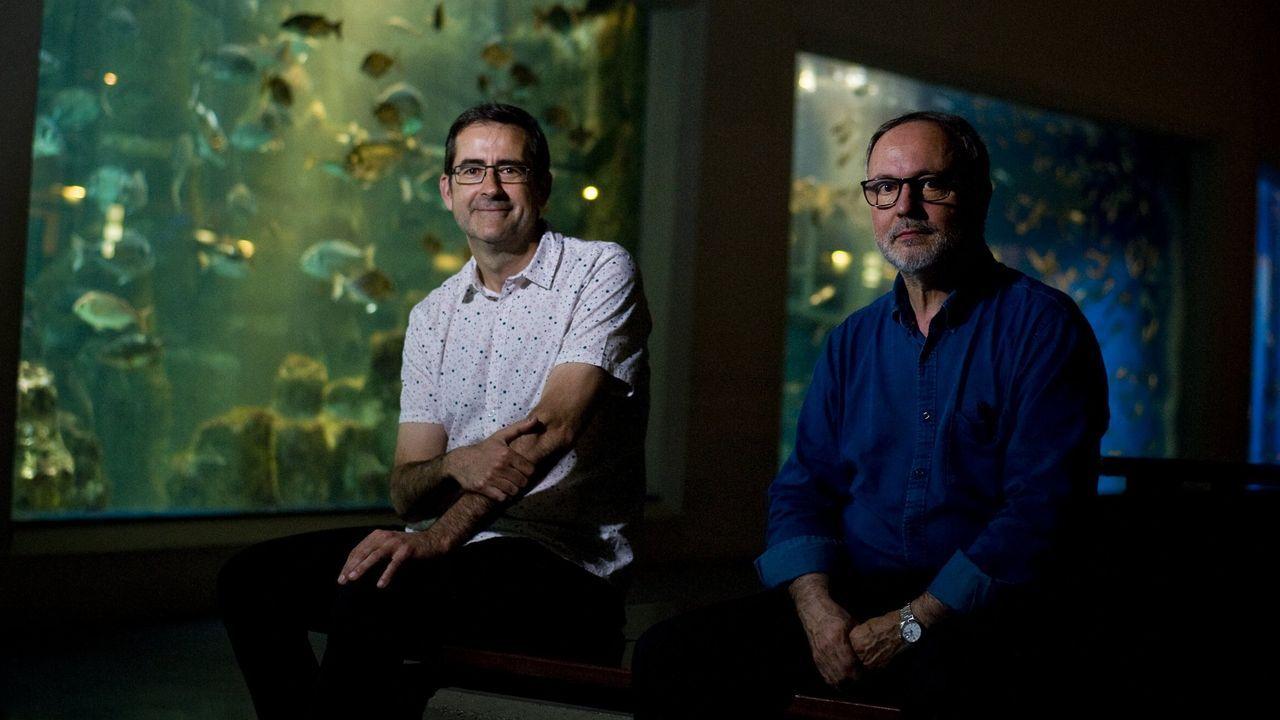 Paco Franco, a la derecha, con el director de los Museos Científicos Coruñeses, Marcos Pérez Maldonado