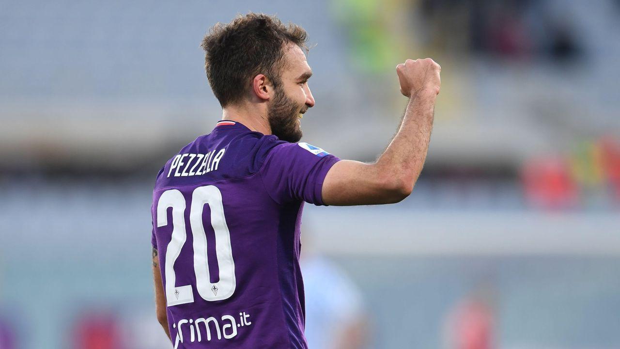 Pezzella, que había militado en el fútbol español en las filas del Betis, es uno de los tres infectados en el Fiorentina
