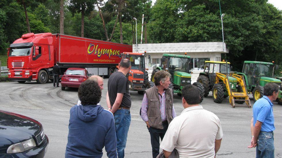 Bloqueando la planta de Feiraco en Pontemaceira