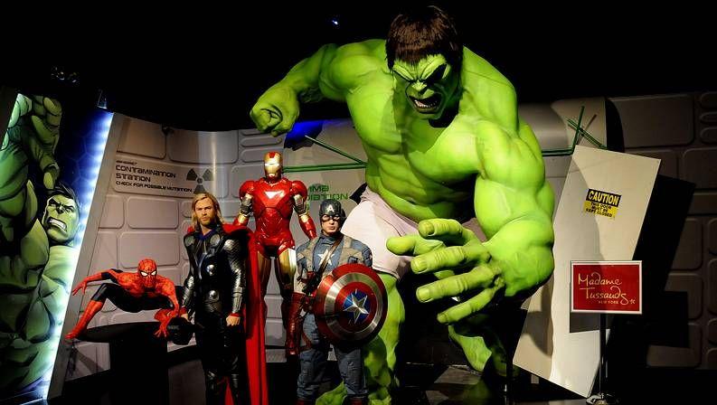 Los superhéroes protagonistas de «Los vengadores», reproducidos en cera en un museo londinense