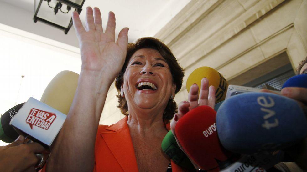 Susana Díaz pide a Besteiro un paso más