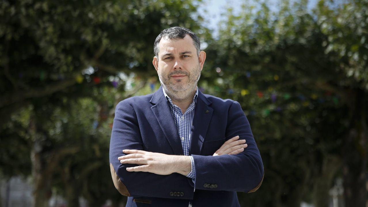 Reunión en el Liceo para abordar una posible moción de censura contra Gonzalo Pérez Jácome