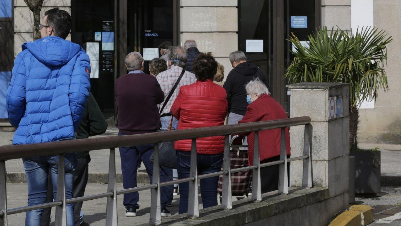 El adiós en imágenesal empresario Manuel Jove.Dirección Provincial del Servicio Público de Empleo (SEPE) en A Coruña