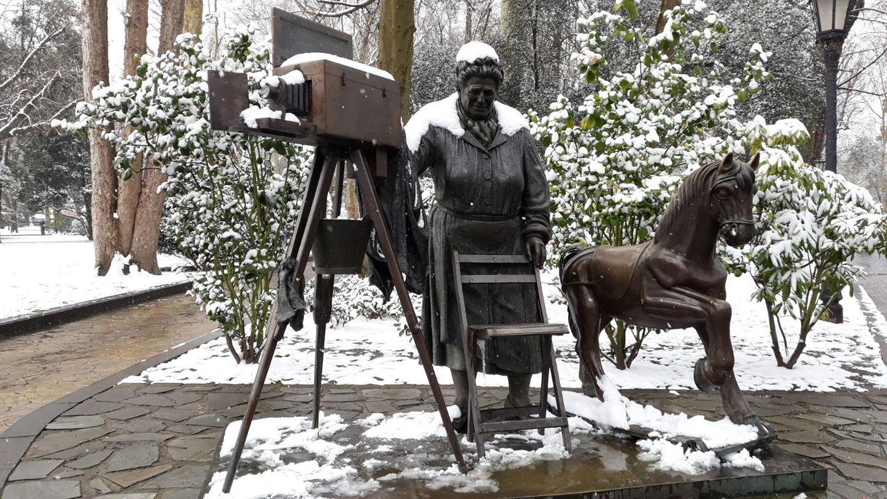 Nieve en Oviedo.La nieve cubre al completo el Parque San Francisco