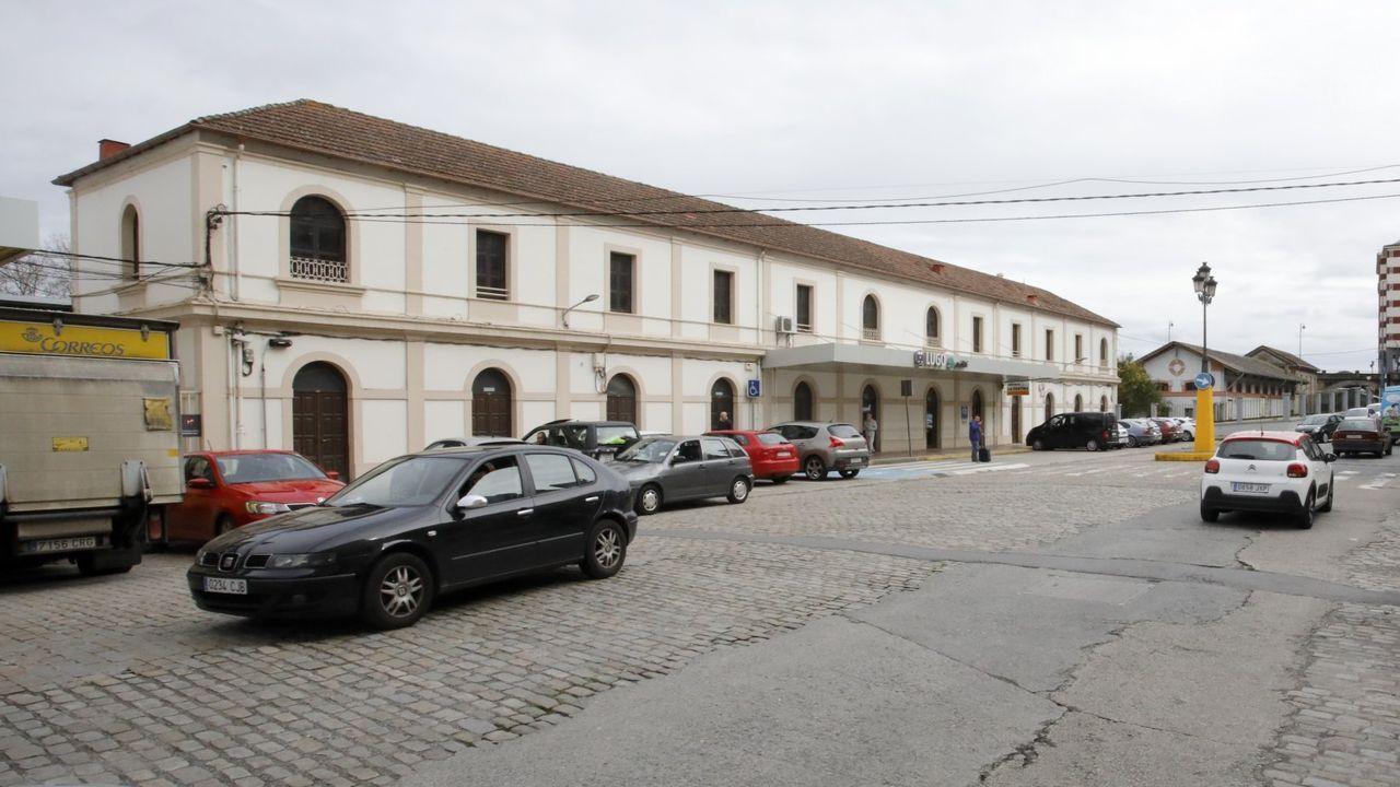 Exterior de la estación de tren de Lugo