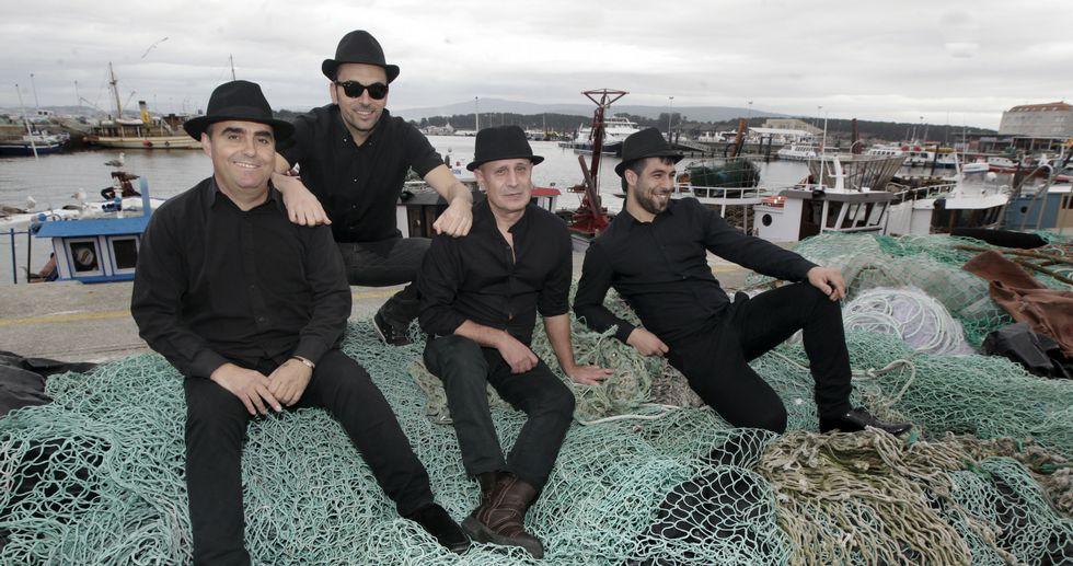 De izquierda a derecha Andrés Ervés, Miguel Cabecho, Monchiño Fraga y Xabier Rodríguez, integrantes del grupo.