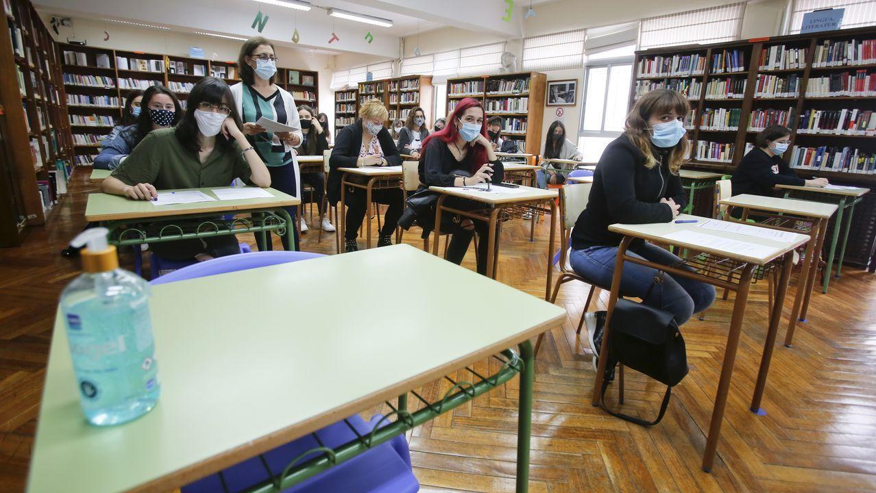 Vista de un aula de un colegio en Oviedo antes del inicio del curso