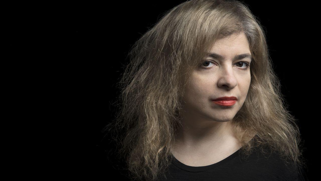 Los posados del modelo que arrasa en la Red.La escritora argentina Mariana Enriquez
