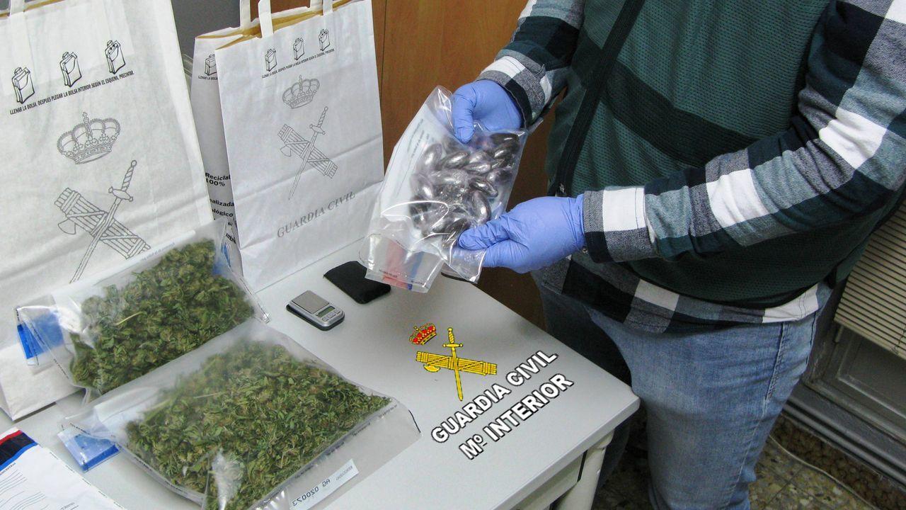 Planeadora usada para el transporte de droga abandonada en Santa Mariña