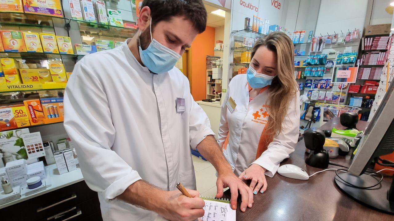 La farmacia Bustillo Mateo (Urzáiz, 52) es una de las que tiene listas de espera