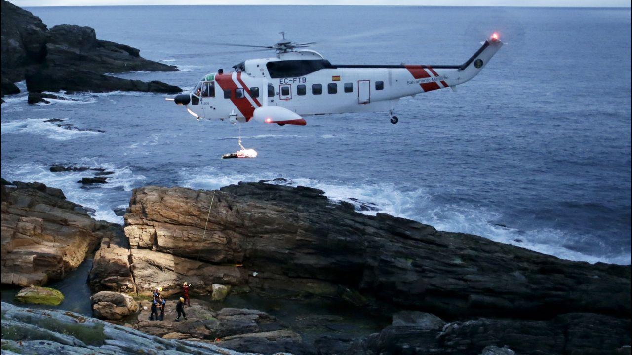 ÁLBUM | Cruz Roja de Laxe estrena embarcación de Salvamento