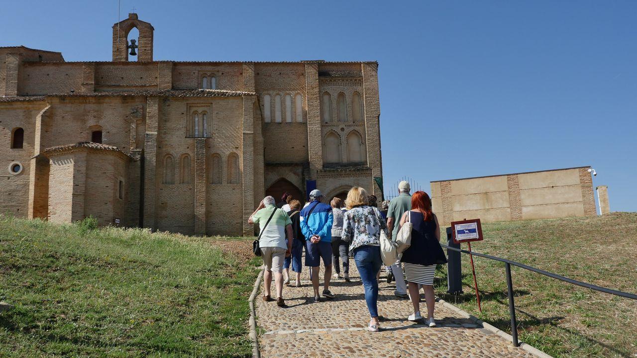 La Iglesia de la Peregrina de Sahagún es parada obligada para hacerse con la «media Compostela»
