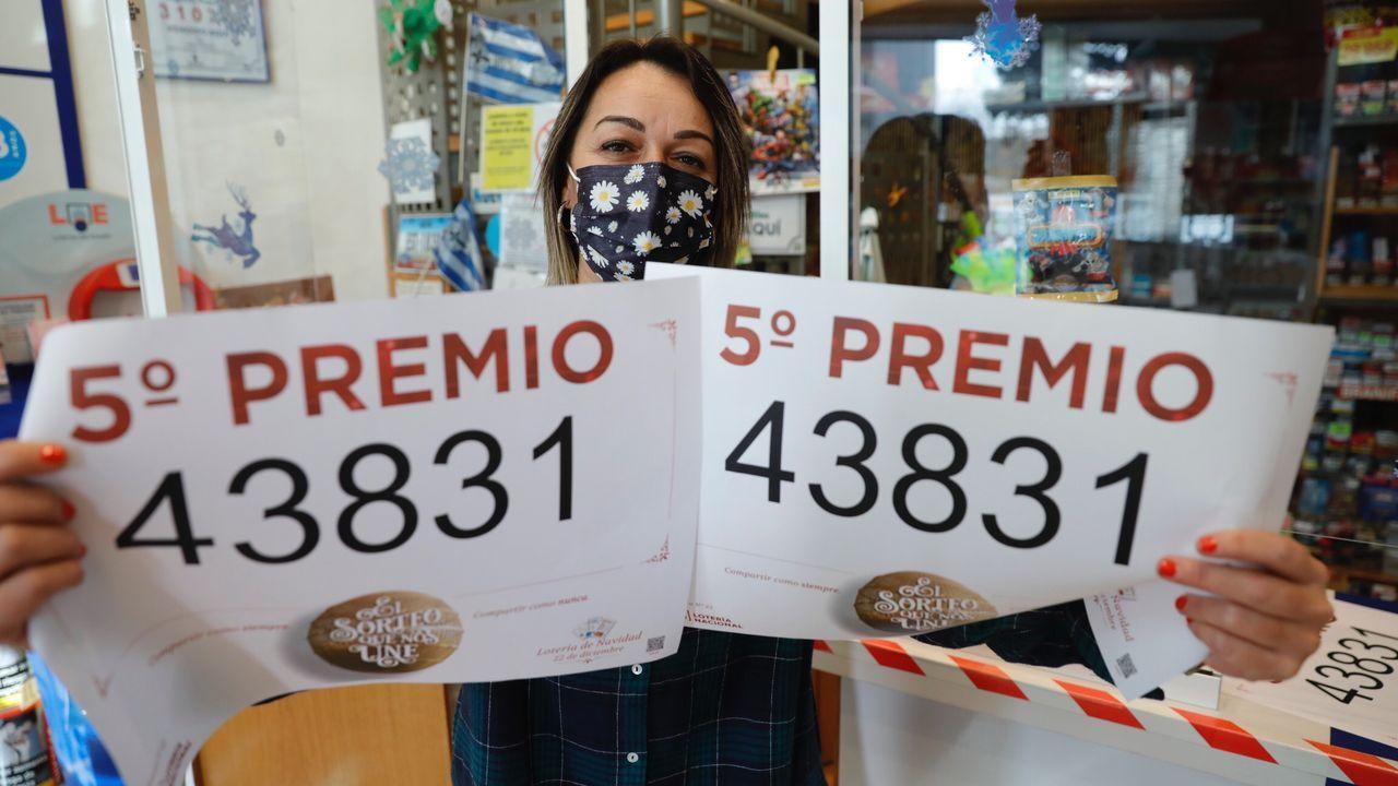El 86986, un quinto premio, muy repartido por Galicia.5º premio de la Lotería Nacional de Navidad en el estanco de la Avenida de Monelos