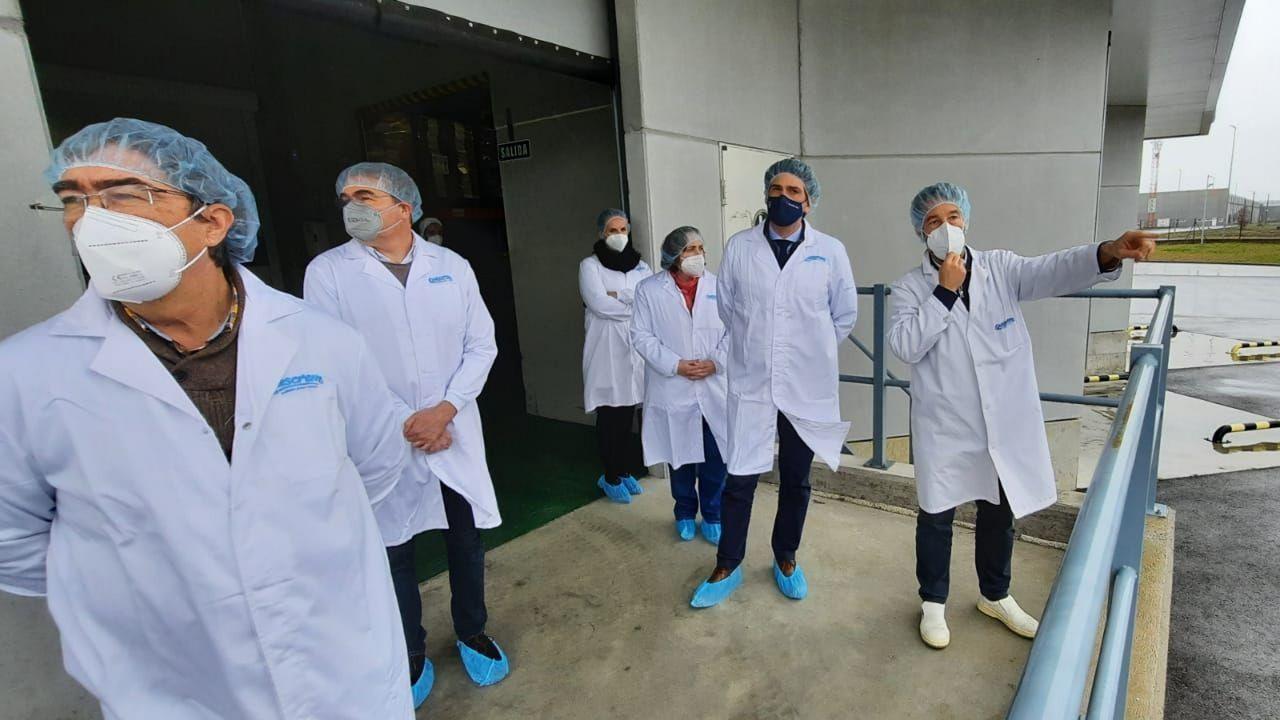 Entrega de diplomas en Outeiro de Rei.La planta de biogás es uno de los objetivos de Innolact tras haber efectuado otras mejoras