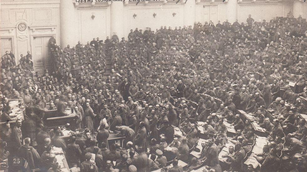 Asemblea do soviet de Petrogrado en 1917