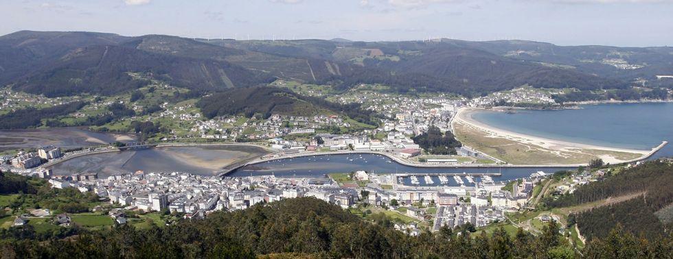 El municipio cuenta con tres núcleos de población con peso: Viveiro, Celeiro y Covas.