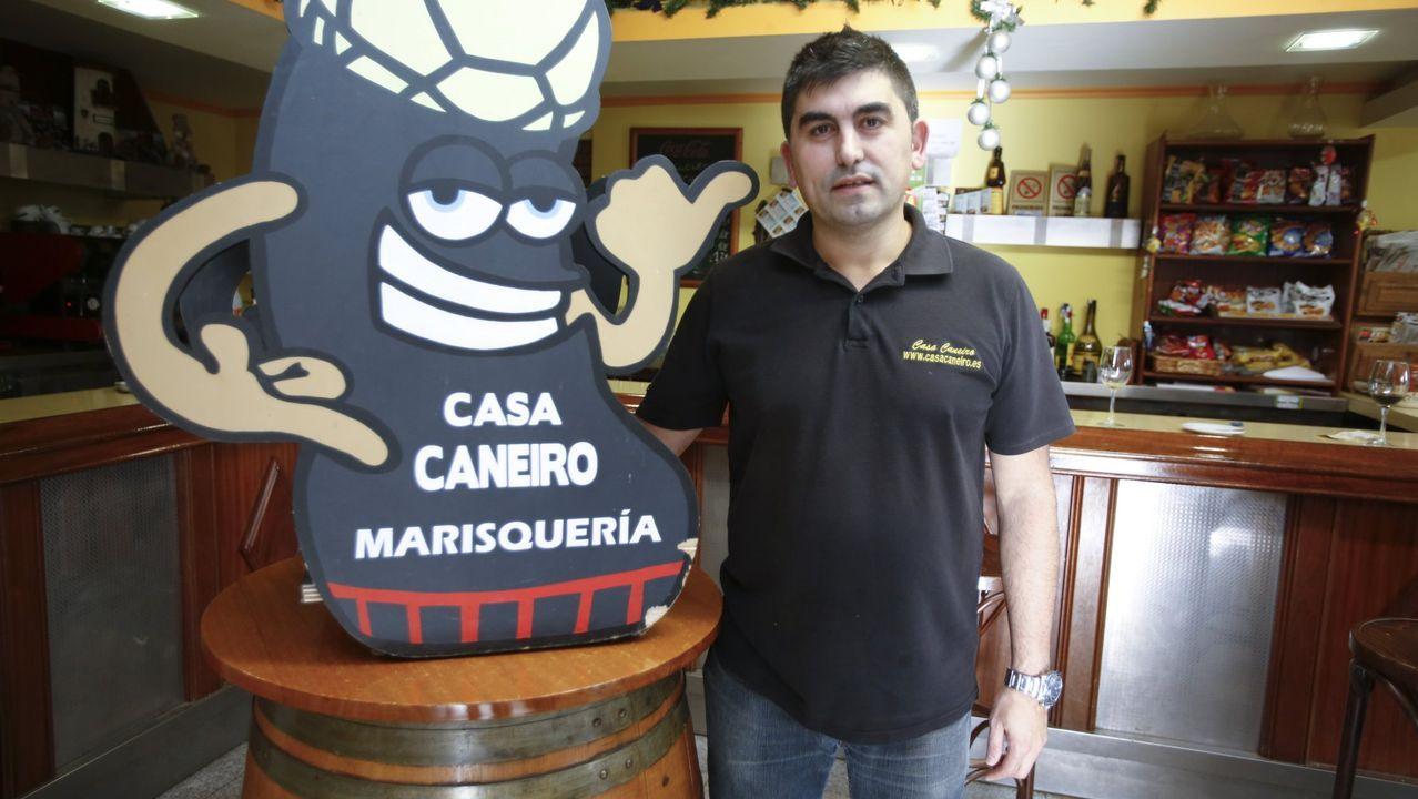 El tirón turístico del campeonato se ha dejado notar en establecimientos como Casa Caneiro, que comanda Manuel Caneiro (en la imagen)