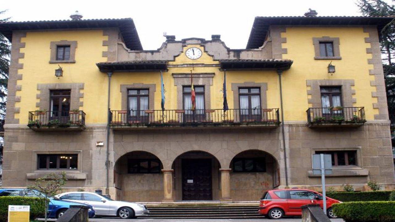 Ayuntamiento de Lena