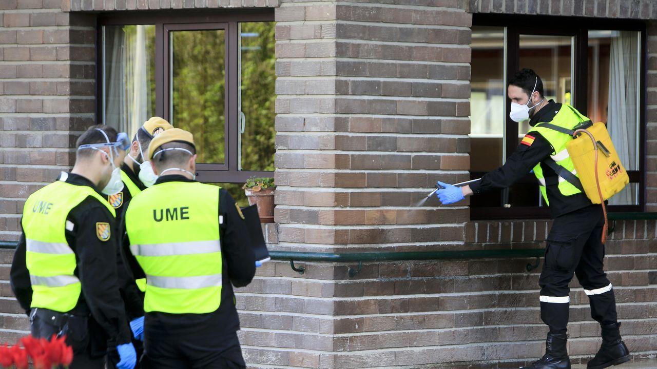 Uno de los equipos desplazados a Lugo desinfectó la residencia de As Gándaras