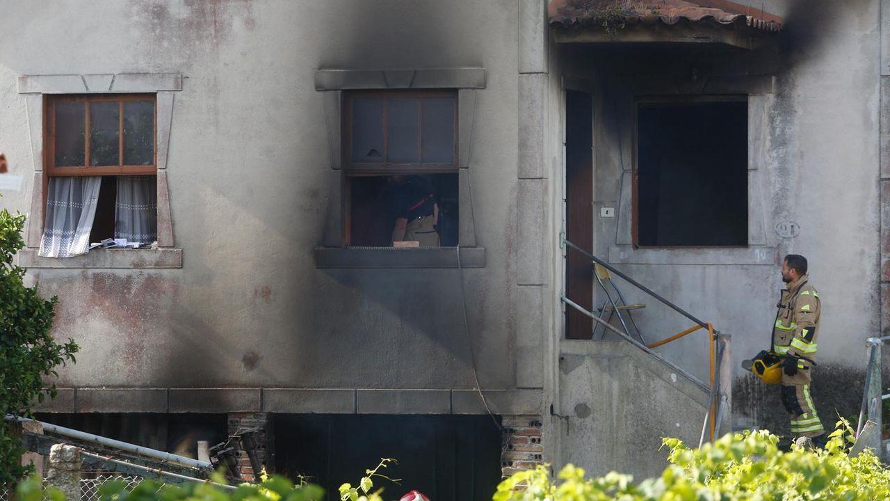 La vivienda ardió de arriba a abajo