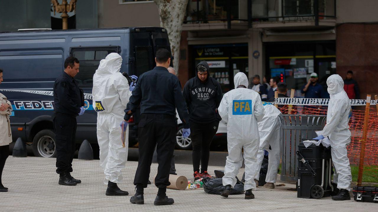 Proyecto Tabacalera Gijón puzle.Miembros de la Policía Federal examinan el lugar donde fue atacado el diputado Olivares y un funcionario