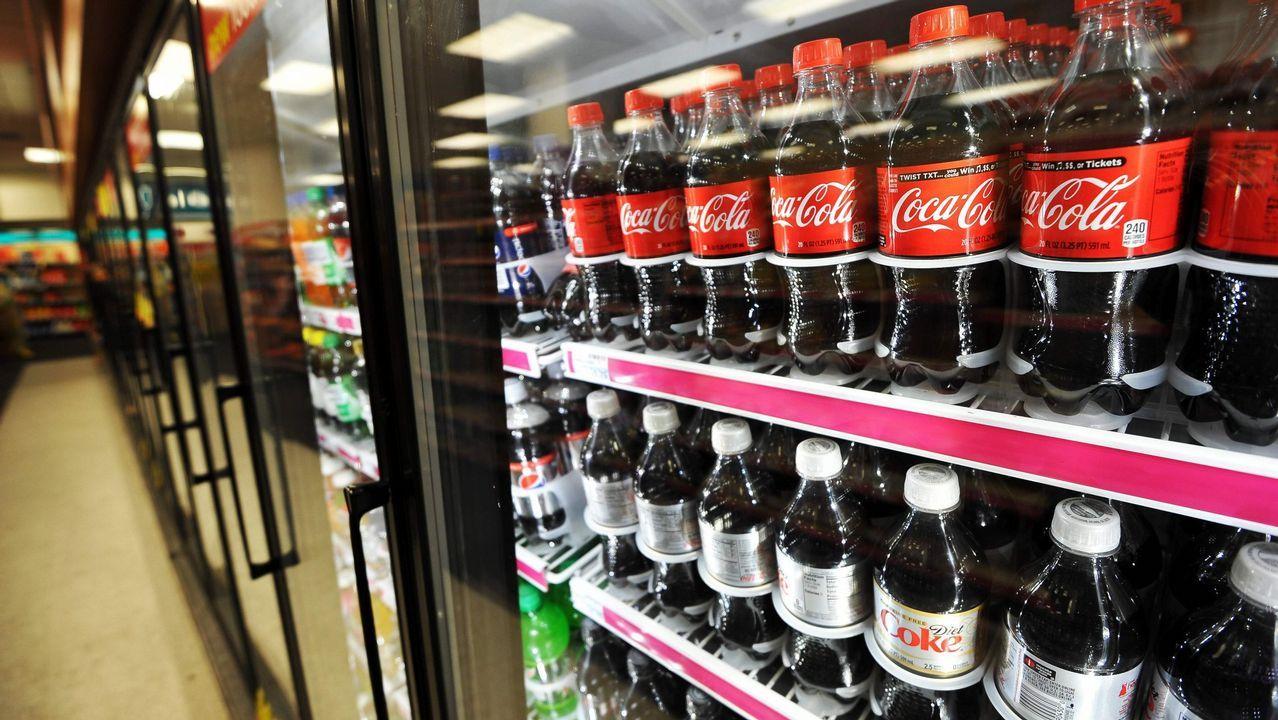 OKPÁGINA14.Visita del secretario xeral de Política Lingüística por el concurso de Novos Talentos de Coca Cola