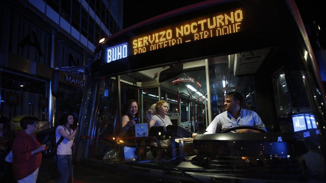 La muerte de un hombre tras una pelea en la celebración de año nuevo conmociona Oleiros.Bus búho nocturno en A Coruña