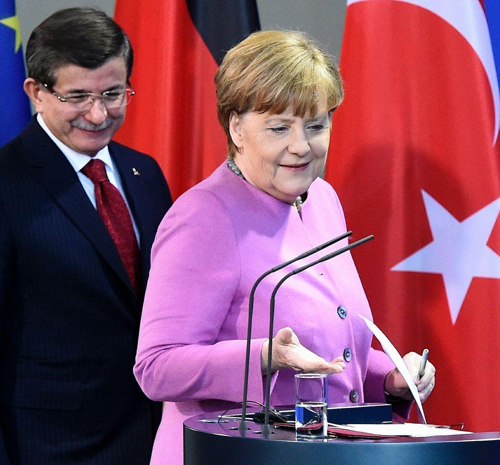 La dura odisea de los refugiados.Los ministros de la UE en la foto de familia