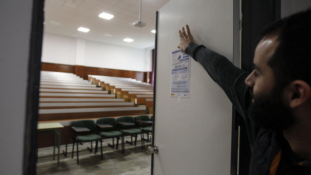 Aula vacía de la Facultad de Medicina de Santiago