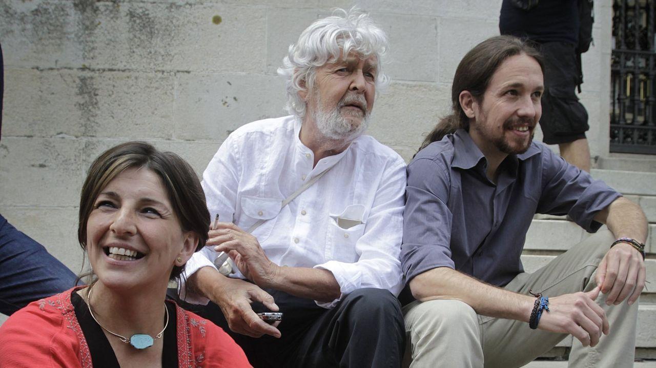 En directo: comparencencia de Gonzalo Caballero.Yolanda Díaz, Xosé Manuel Beiras y Pablo Iglesias en una imagen del 2015