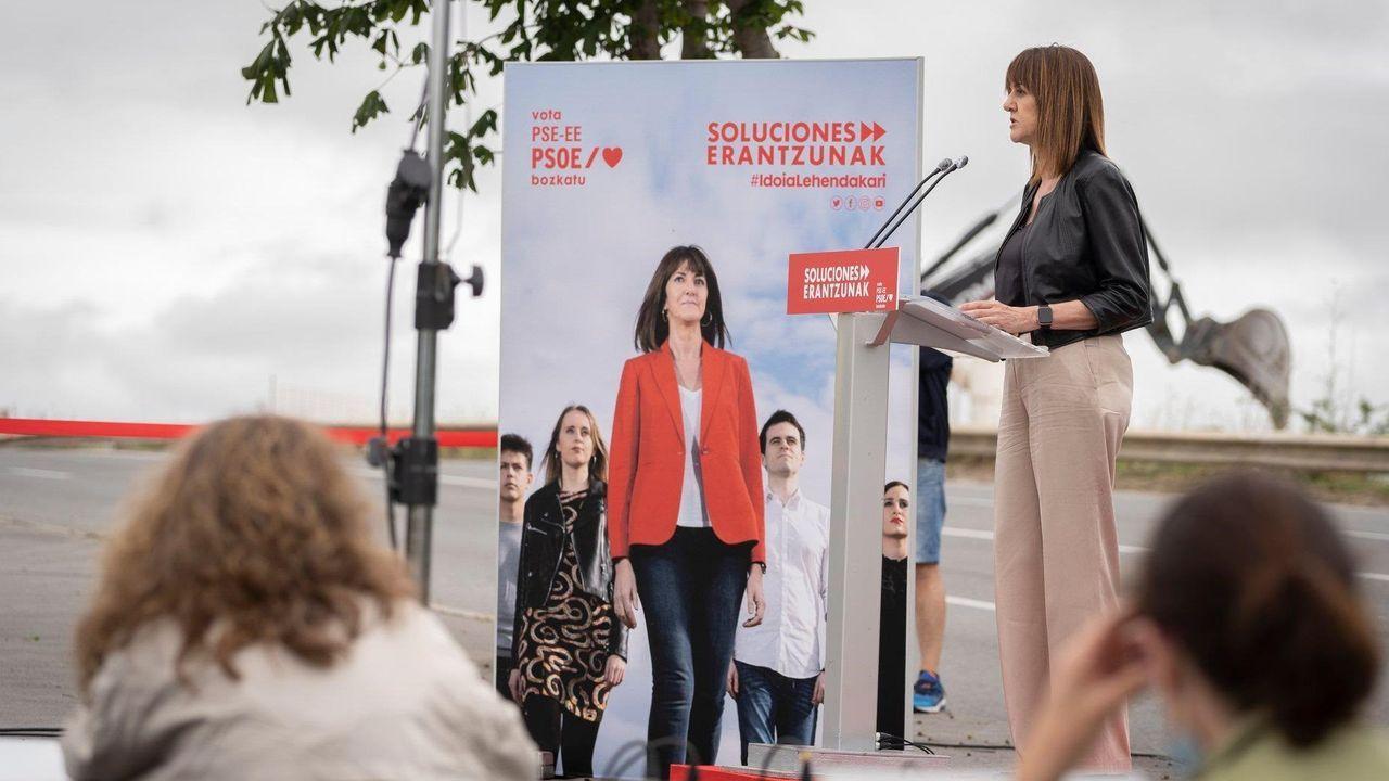 La candidata del PSE, Idoia Mendía, en Vitoria