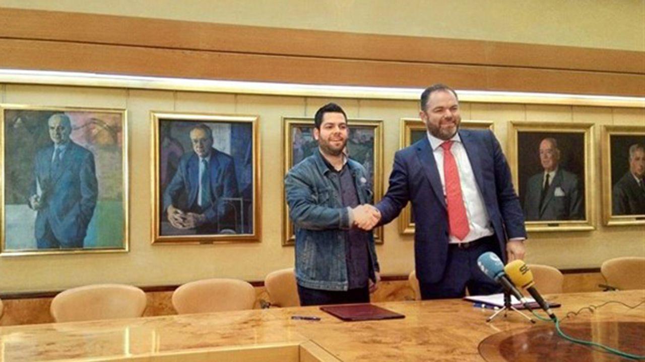 La Cometcon 2018 abre sus puertas en Oviedo.Rubén Rosón junto a Carlos Paniceres