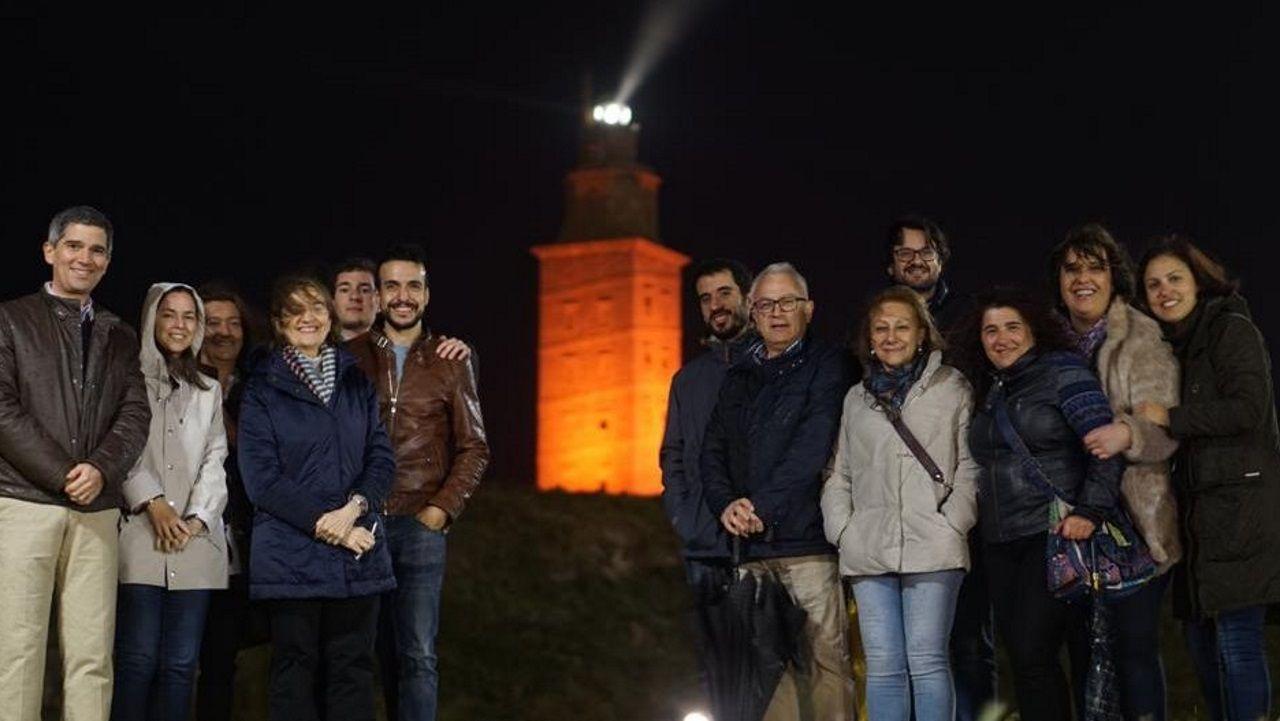 Imagen de archivo de miembros del servicio de Cardiología del Chuac, integrado en la red europea Ciber CV, que organiza la jornada internacional de insuficiencia cardíaca avanzada