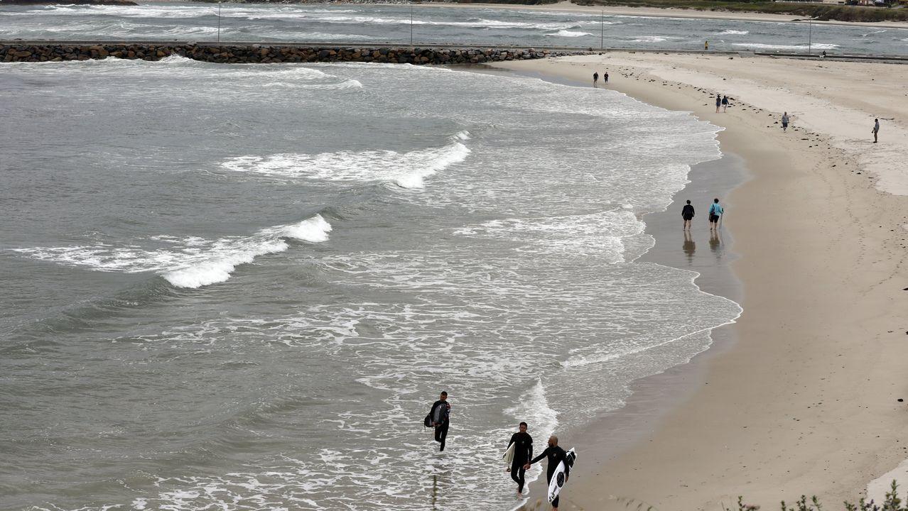 La playa focense de A Rapadoira