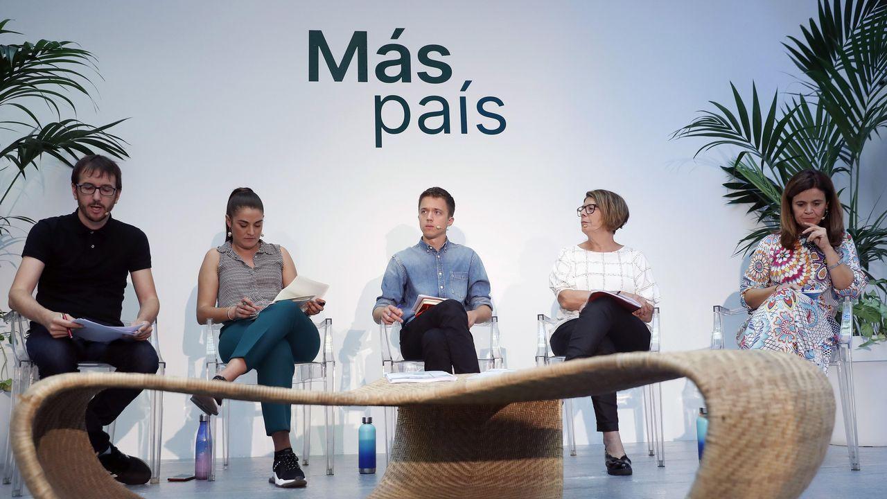 pobreza infantil, niños, malos tratos. El líder Más País, Íñigo Errejón, acompañado de Mireia Mollá, Inés Sabanés, Héctor Tejero y Esperanza Gómez durante la presentación de su programa, que centra sus propuestas en una transición ecológica de la economía y en la defensa del medio ambiente, este viernes en Madrid