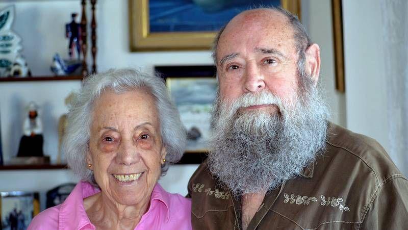 A la apertura del museo en Luarca asistió la sobrina del Nobel, Carmen Fernández.
