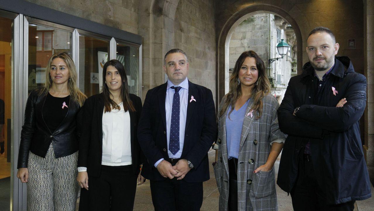 Laureano Bermejo (en el centro) con los candidatos de las cuatro provincias