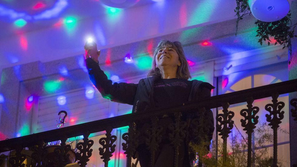 Los vecinos de Cerceda y de a Silva se animan el confinamiento.Blas Cantó se encargó del concierto central el año pasado