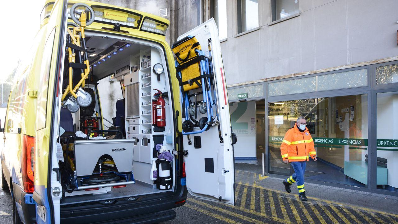 Entrada de urgencias de Montecelo, hospital donde este viernes hay ingresados 30 pacientes covid en planta y 12 graves en las unidades de críticos