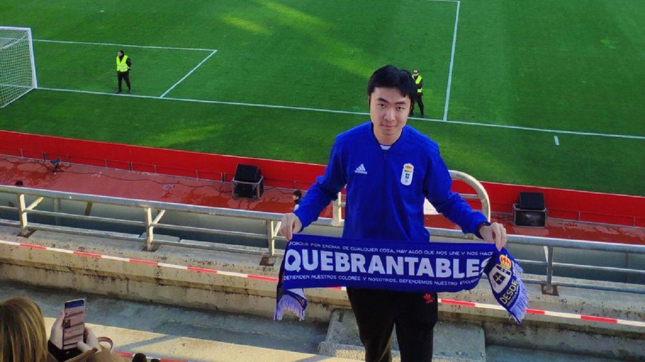Joselu Folch Mossa Champagne Christian Fernandez Zaragoza Real Oviedo La Romareda.Jian Miao en el Nuevo Los Cármenes de Granada