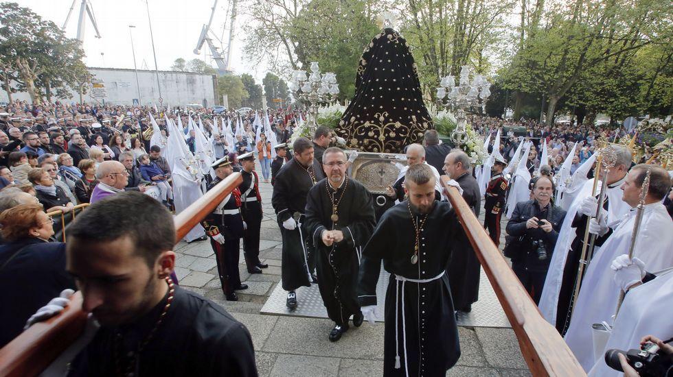 Procesión de la Pontificia en As Angustias.