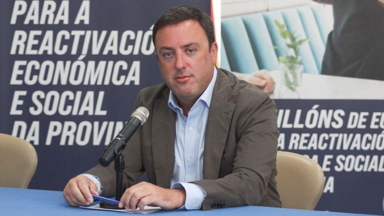 El cierre de la hostelería en Santiago y otros concellos del área por la segunda ola del coronavirus se ha dejado notar en los datos del paro