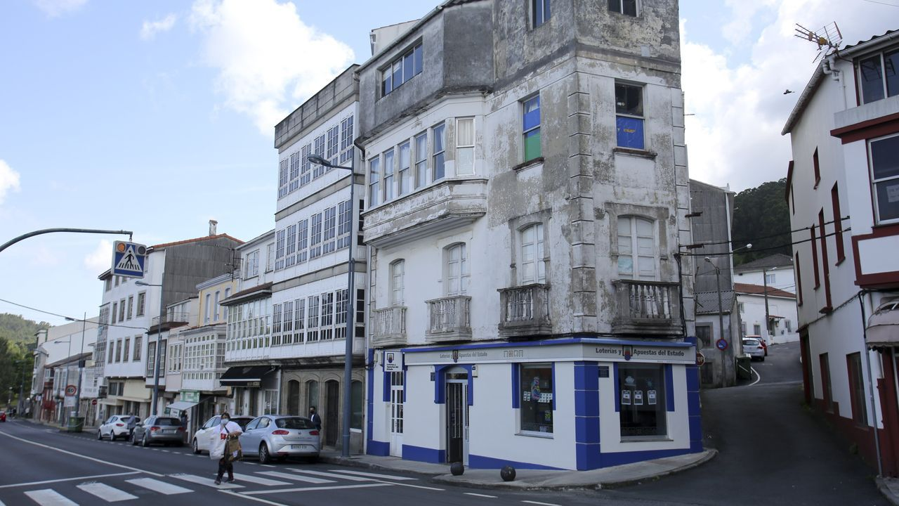 El vecino fallecido residía en el segundo piso del edificio donde está la administración de loterías Ancos