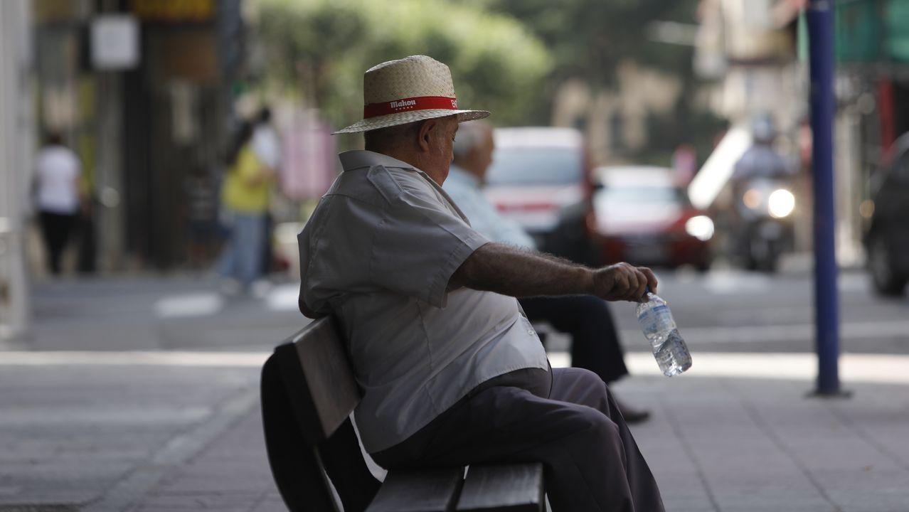 El calor pone a prueba a Ourense.El Amazonas descarga cerca de 220 mil metros cúbicos por segundo al Atlántico